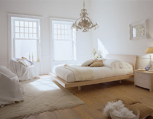 white+domino+bedroom.jpg