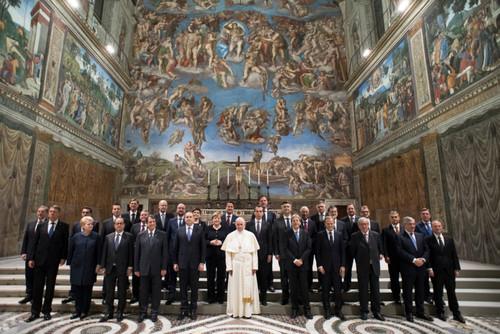 Papa_Tratado_de_Roma.jpg