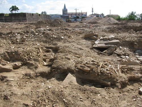 escavaçoes castelo.jpg