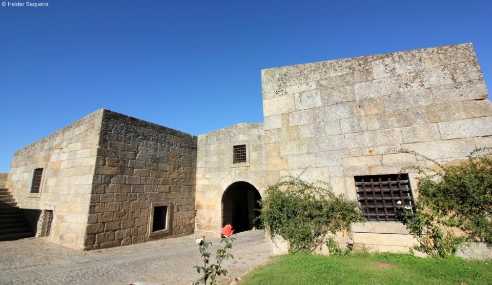 Fortaleza de Almeida - HS.jpg