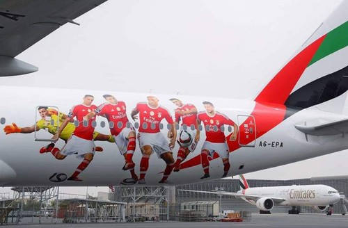 Benfica_Fly_Emirates_2.jpg