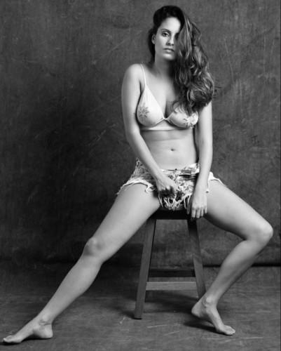 Amanda de Godoi 7.jpg