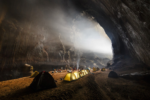 Son-Doong-Camp.jpg