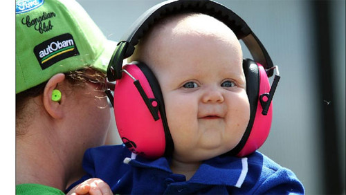 446455-v8-kid-with-headphones.jpg