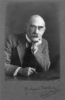 Rudyard Kipling, by Elliott & Fry in wikipedia fre