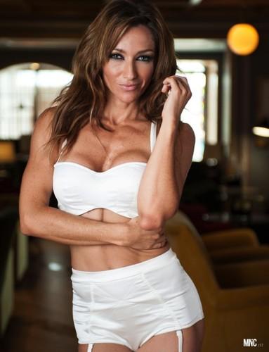 Raquel Henriques 21