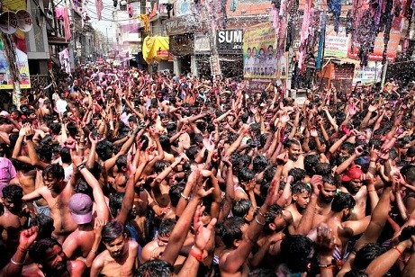 APTOPIX_India_Holi_Festival_02317.jpg