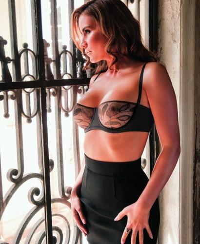 Fabiana Leis 9