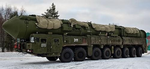 Rússia míssil balístico RS-24 Yars 02.jpg