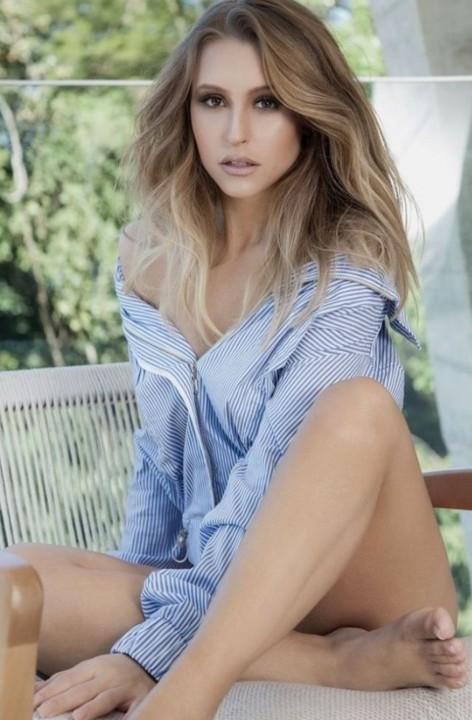Carla Diaz 34.jpg