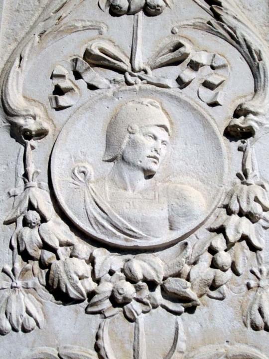 Fig. 52. Pormenor decorativo da Casa dos Martas. [