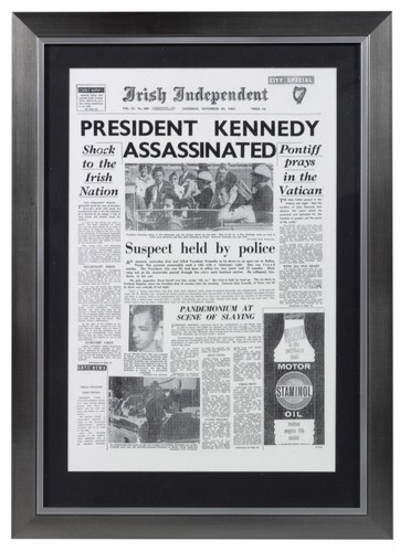 Capa jornal emoldurada