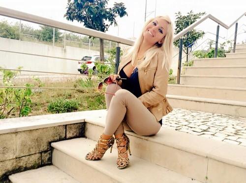Agnes Arabela Marques 13