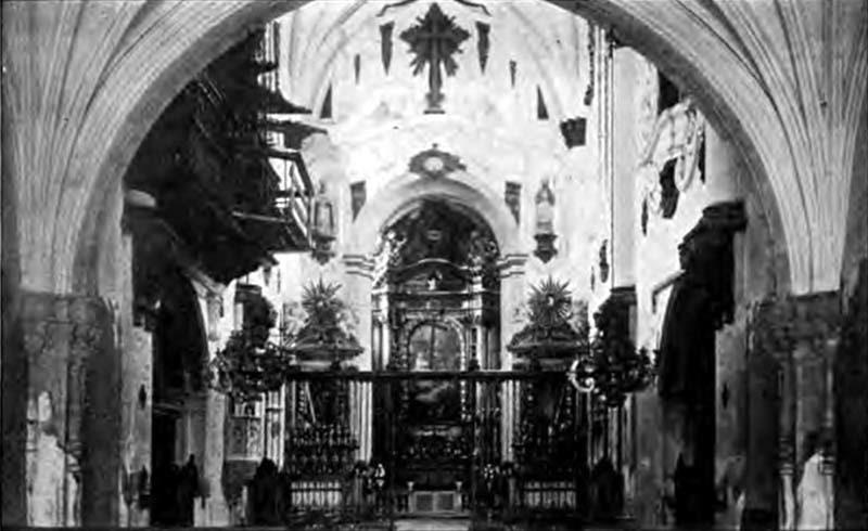 Igreja de Santa Cruz. Interior antigo 01.jpg
