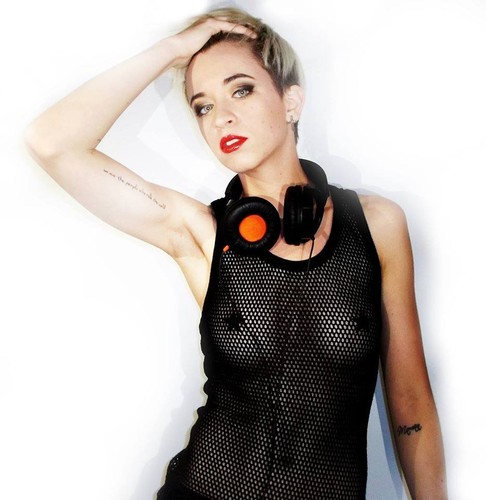 MCDJ  Mariana de Carvalho DJ.jpg