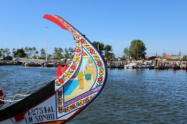 boats-4415755_640.jpg