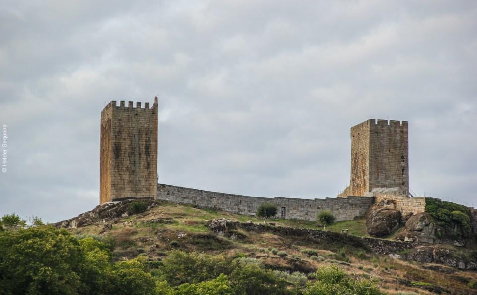 Castelo de Linhares da Beira - HS.jpg