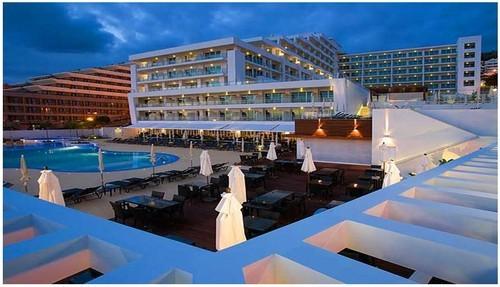 Hotel Melia MAdeira Mare.jpg