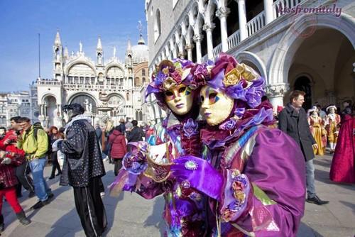 72_venice_carnival.jpg