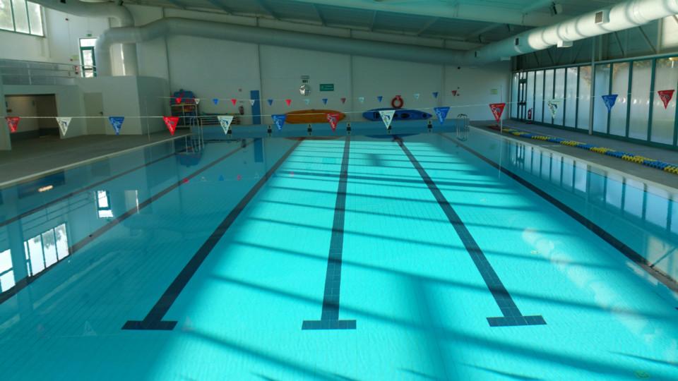 complexo_piscinas_azambuja.jpg