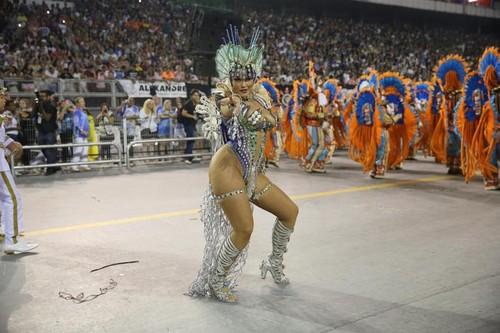 Ellen Rocche (Carnaval S.Paulo 2016)