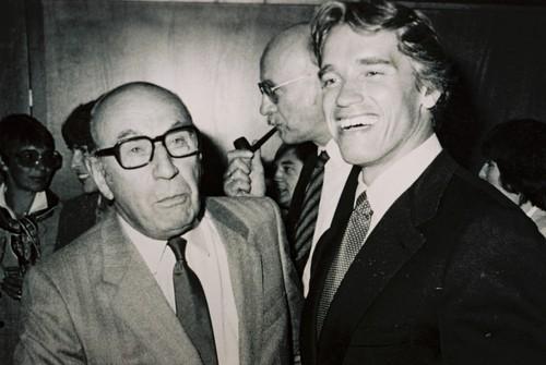 Pabst e Arnold Schwarzenegger.jpg