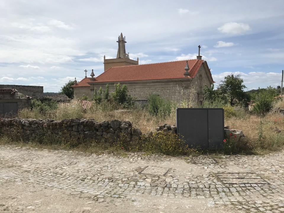 Foto igreja.jpg