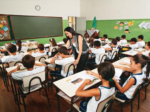alunos_escola_semana-de-mobili-4f1ebf2cb4444.jpg