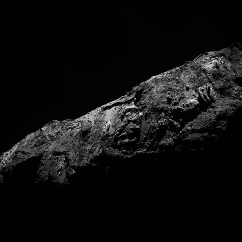 Comet_on_31_December_2015_OSIRIS_narrow-angle_came