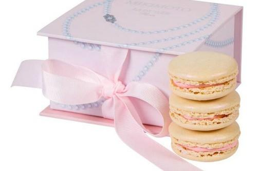 luxury-fancy-delicious-mikimoto-laduree2.jpg