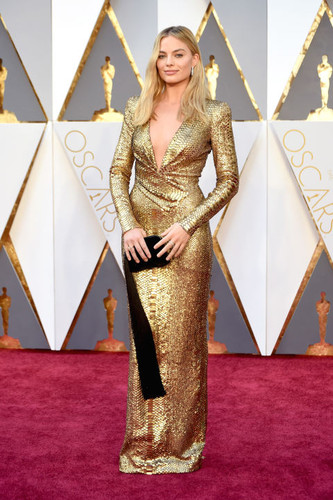 hbz-the-list-best-dressed-oscars-2016-margot-robbi