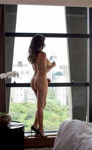 Taiana Camargo c