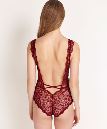 Body Renda29,99 € oysho.jpg