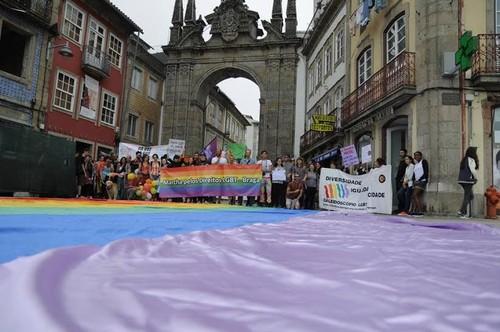Braga Fora do Armário Marcha LGBT GAY.jpg