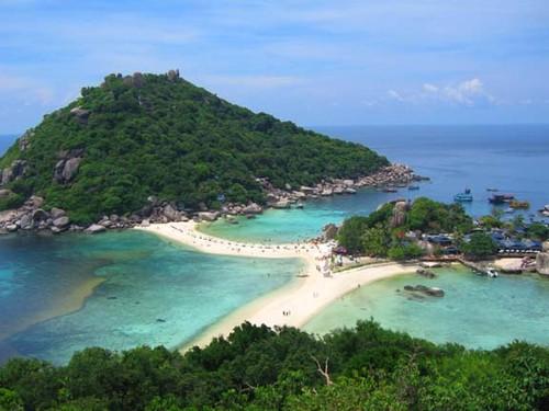 Hyra-segelbåt-segla-i-thailand-phuket-10.jpg