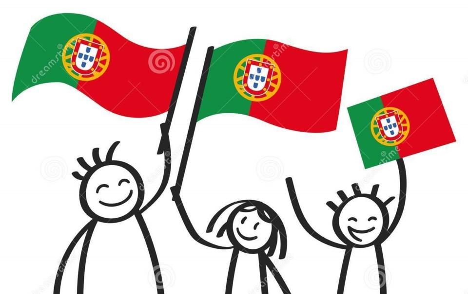 grupo-cheering-de-três-figuras-felizes-da-vara-co