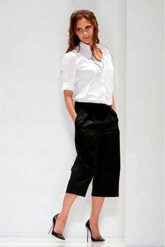Victoria-Beckham-wearing-culottes.jpg