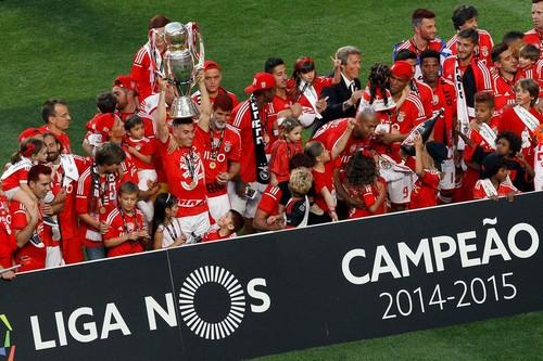 Benfica_Campeão_2014-2015.jpg