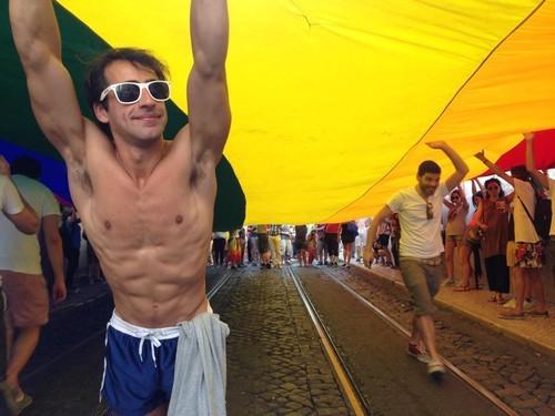 Marcha Orgulho LGBT Lisboa 2015.jpeg