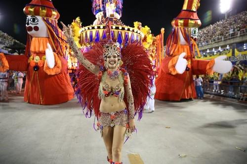 Agatha Moreira (Carnaval Rio 2016)