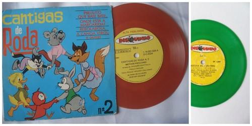 discos de vinil coloridos para crianças.jpg