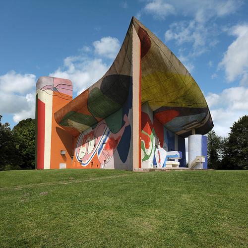 xavier-delory-le-corbusier-chapelle-ronchamp-graff