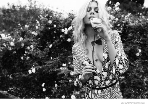Lili-Claspe-Jewelry-Spring-2015-03.jpg