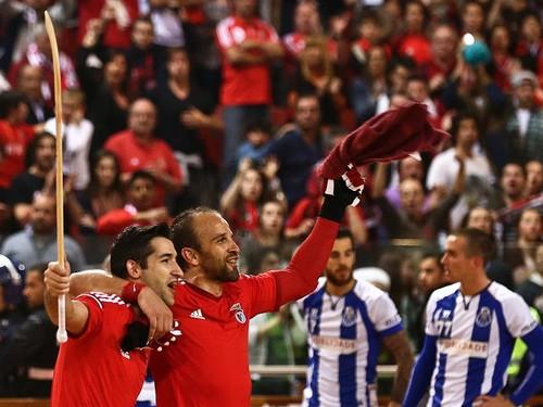 Hóquei_Benfica_5_Porto_1_2015.gif