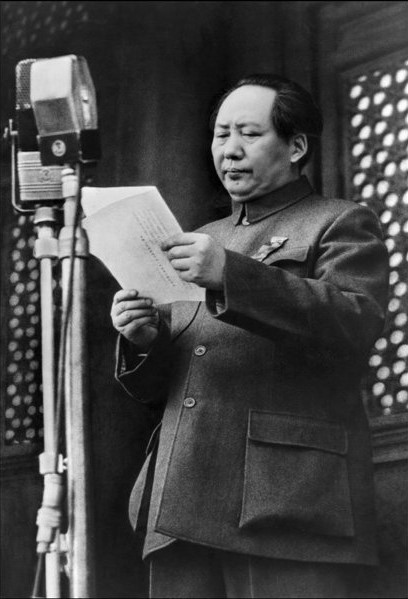 1er octobre 1949  Mao Zedong proclame la fondation