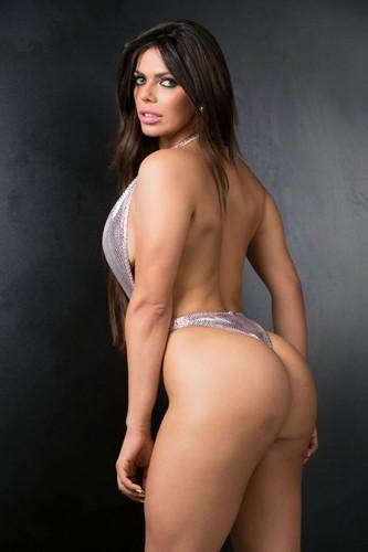 Suzy Cortez 35