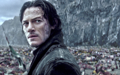 dracula-untold-review-brings-life-to-vampire-genre