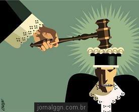 juiz_martelado3.jpg
