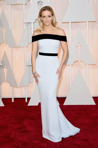 reese-witherspoon-oscars-23feb15-02.jpg