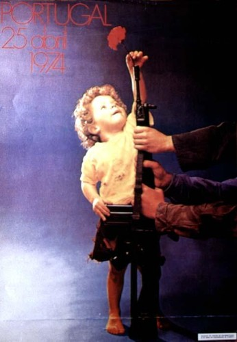 25Abril-Cartaz(CriancaCravoG3).jpg
